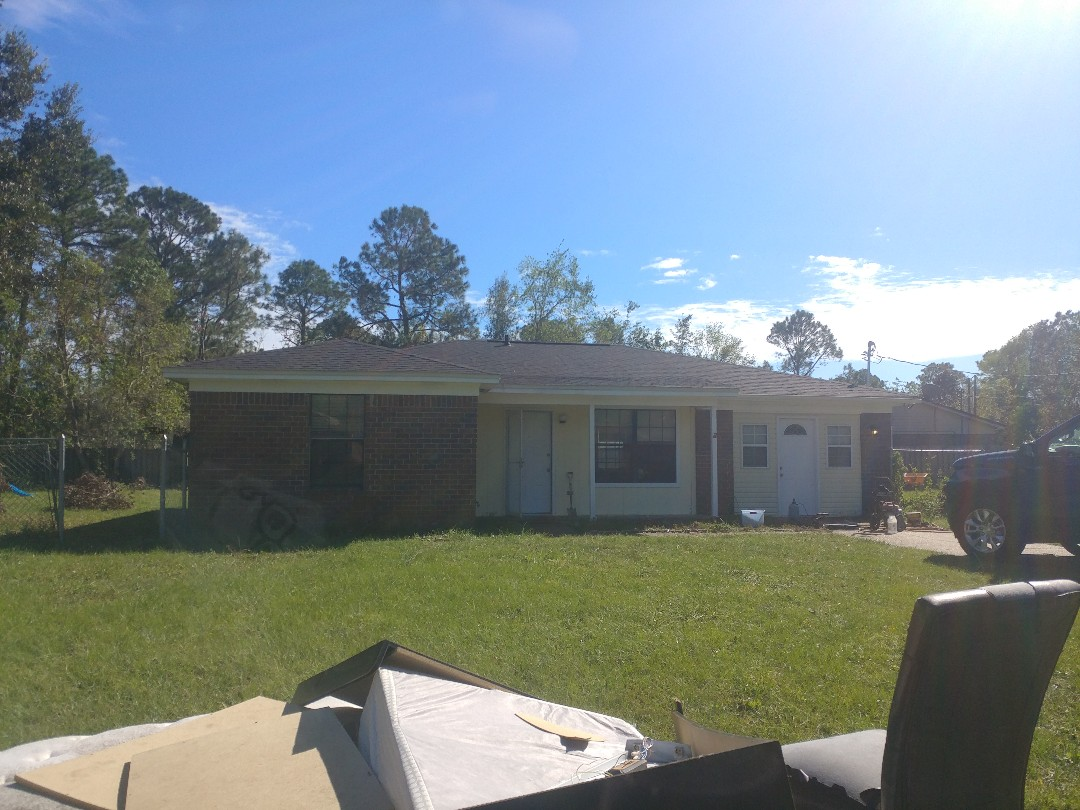 W Pensacola, need new windows, for higher rent
