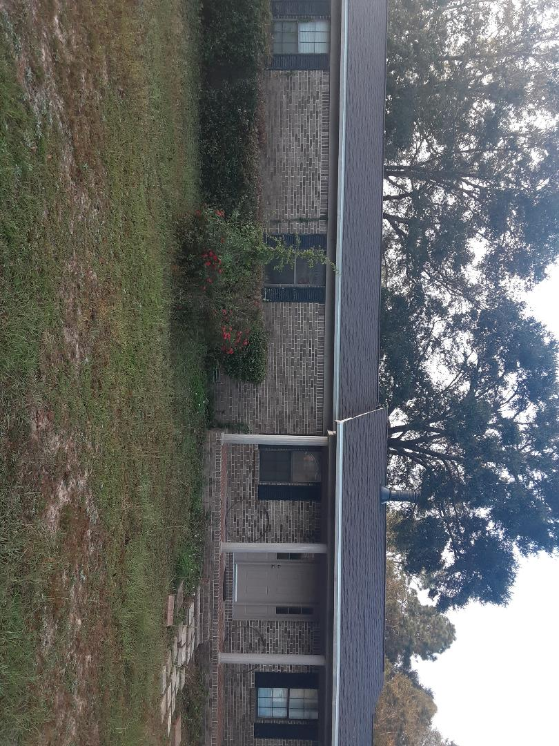 Milton, FL - Removing and replacing 11 windows