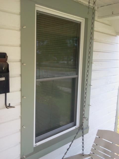 Chunchula, AL - Installed five replacement windows in vinyl siding home