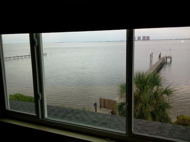 Valparaiso, FL - Installed impact windows that exceeds all hurricane and energy code requirements