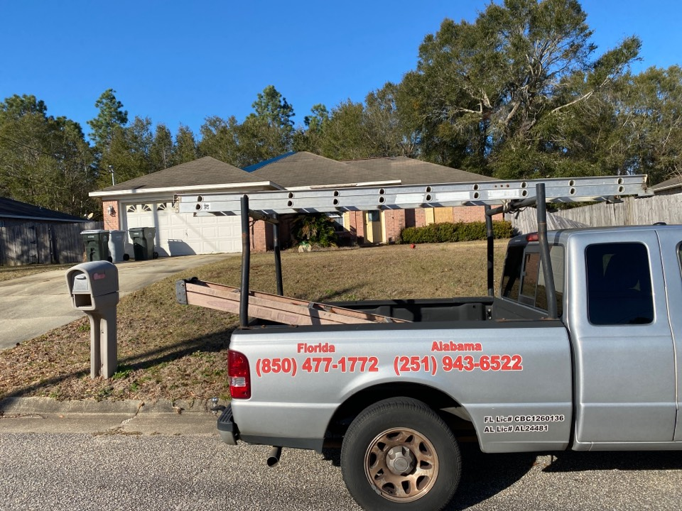 Pace, FL - Measuring for impact replacement shwinco single hung windows in pace Florida