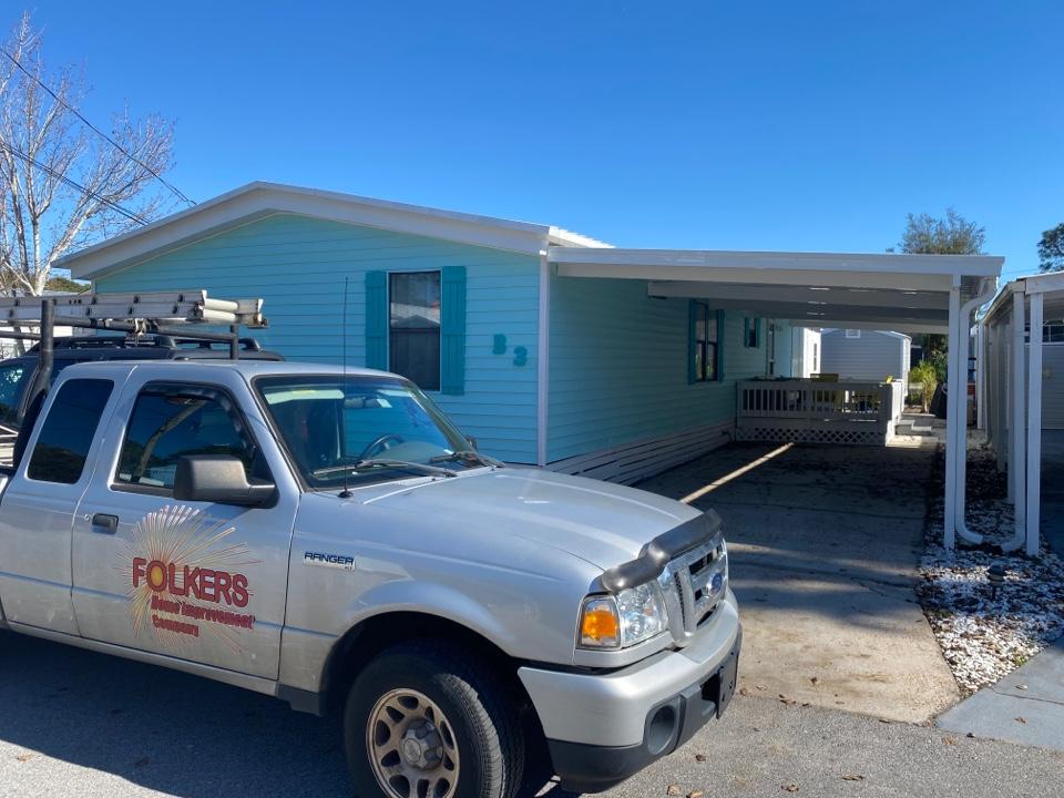 Miramar Beach, FL - Measuring for replacement custom window systems single hung windows in Miramar beach Florida