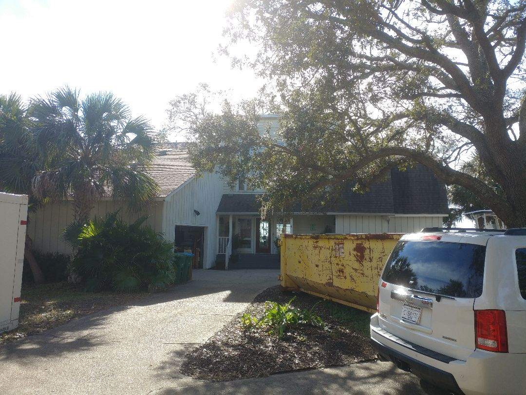 Gulf Breeze, FL - Inaurance quote for Sally damaged windows and doors
