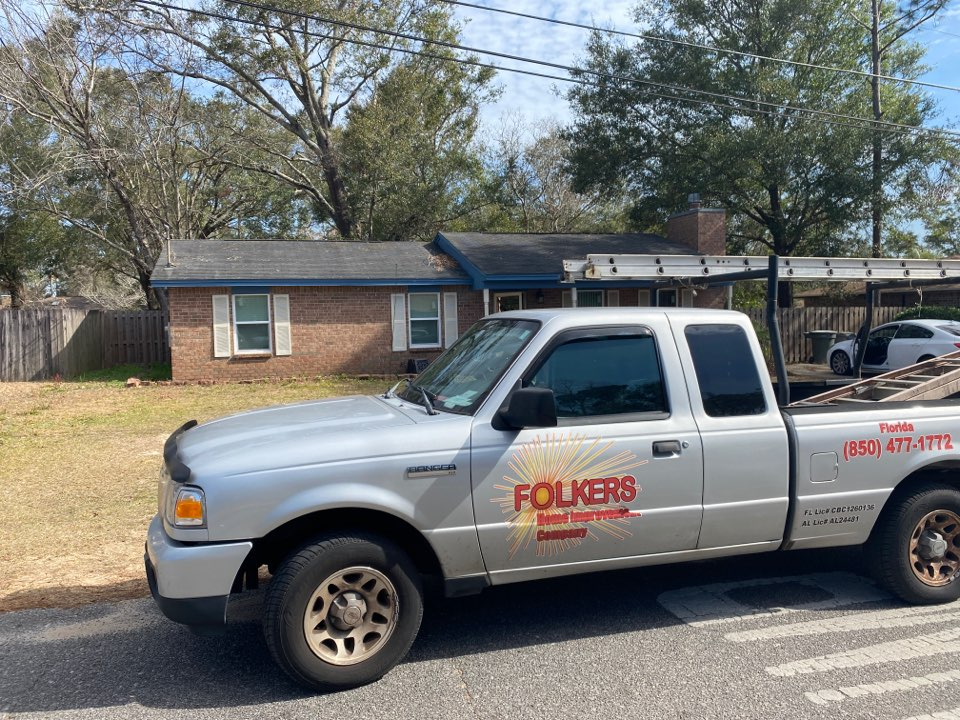 Measuring for replacement custom window systems single hung windows in Pensacola Florida