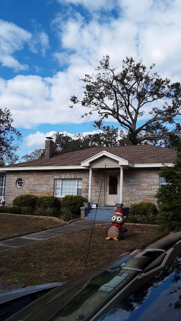 Gulf Breeze, FL - quoting white vinyl low ER gone single hung and fix picture windows in impact for this customer