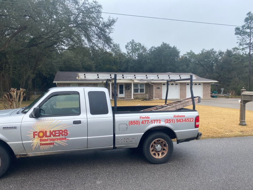 Crestview, FL - Measuring for impact replacement shwinco single hung windows and provia storm doors in crestview Florida