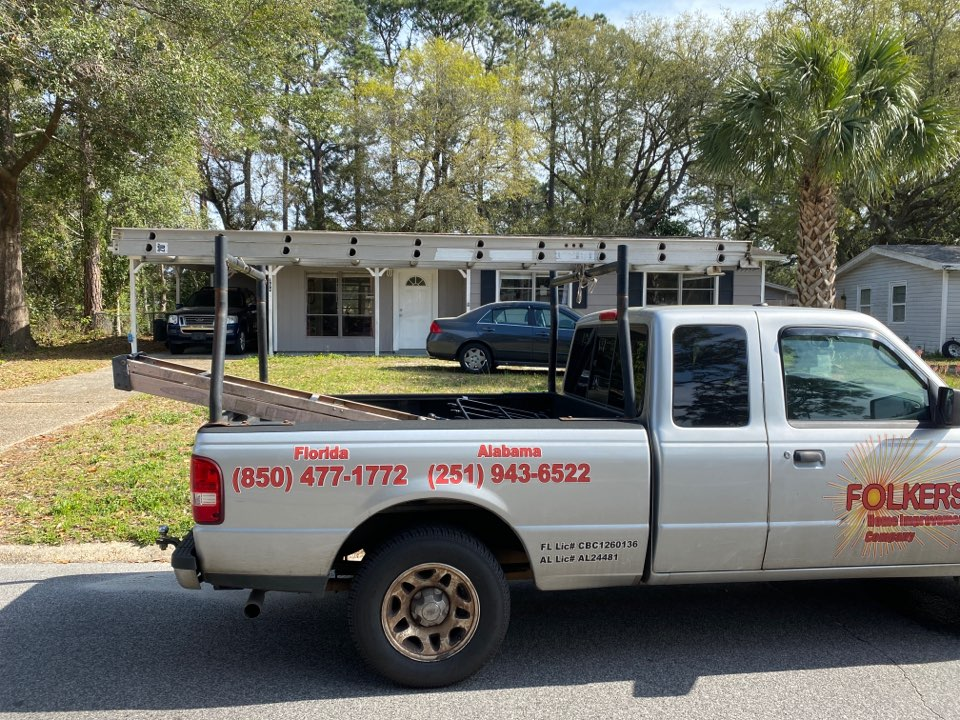 Fort Walton Beach, FL - Measuring for impact replacement shwinco single hung windows in fort Walton beach Florida
