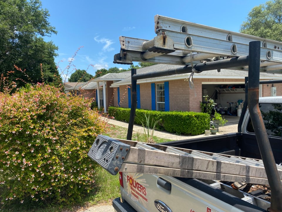 Milton, FL - Measuring for impact replacement thermatru entry doors in Milton Florida