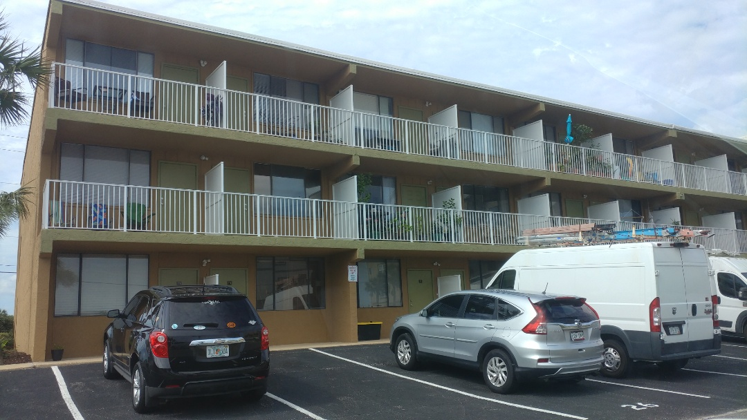 Okaloosa Island, FL - All new windows in the apartment complex