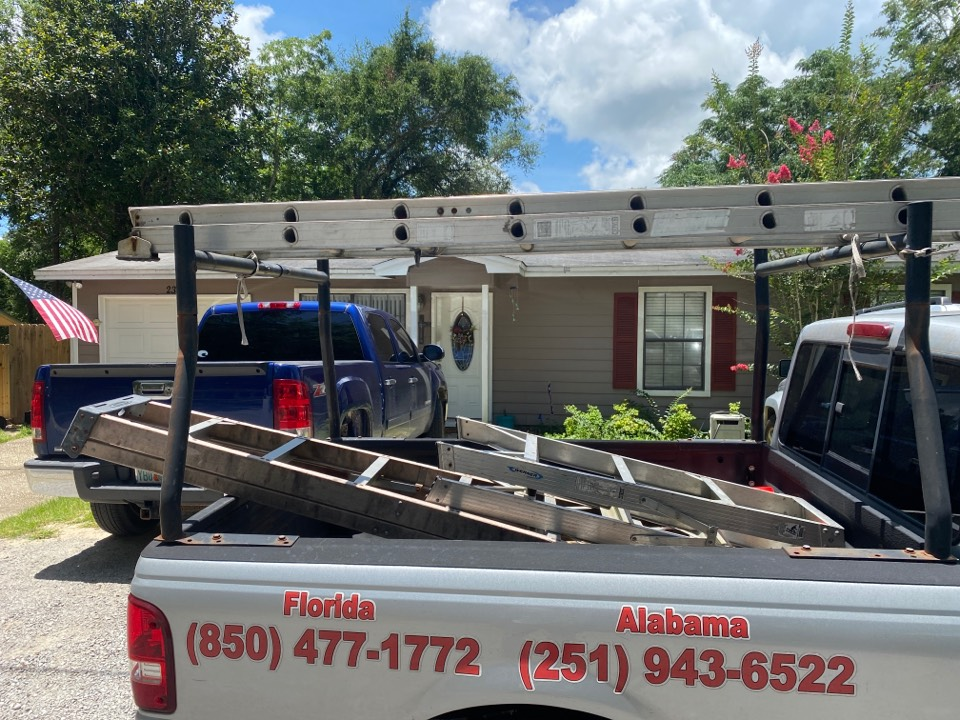 Niceville, FL - Measuring for impact replacement shwinco single hung windows in niceville Florida