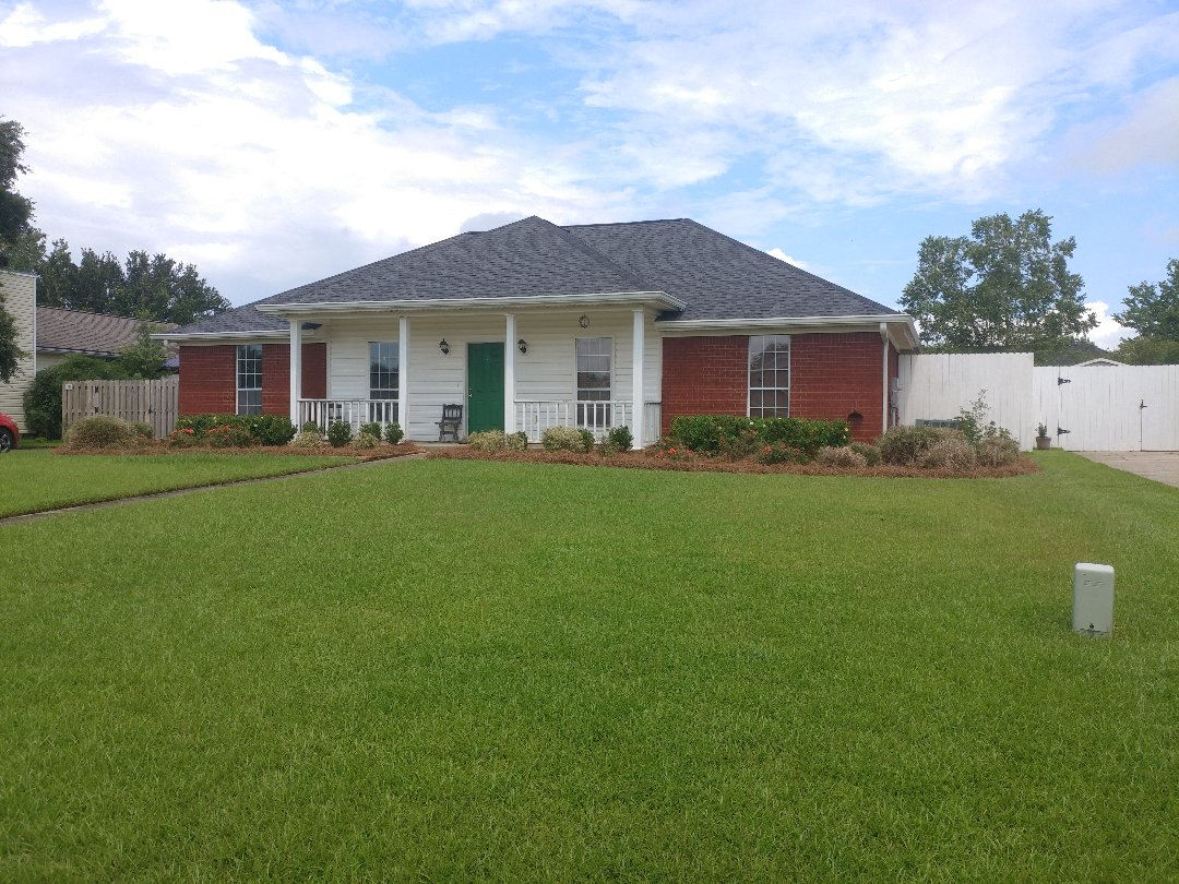 Fairhope, AL - Replacing all twelve windows with Viwinco double hung impact