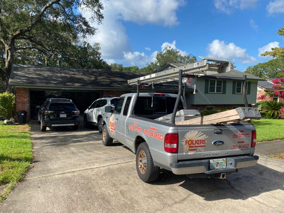 Fort Walton Beach, FL - Measuring for impact replacement shwinco single hung windows, sliding windows and sliding glass doors in fort Walton beach Florida