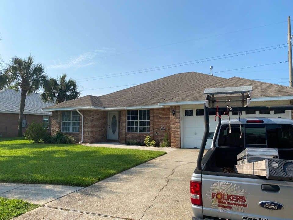 Destin, FL - Measuring for impact replacement shwinco single hung windows in Destin Florida