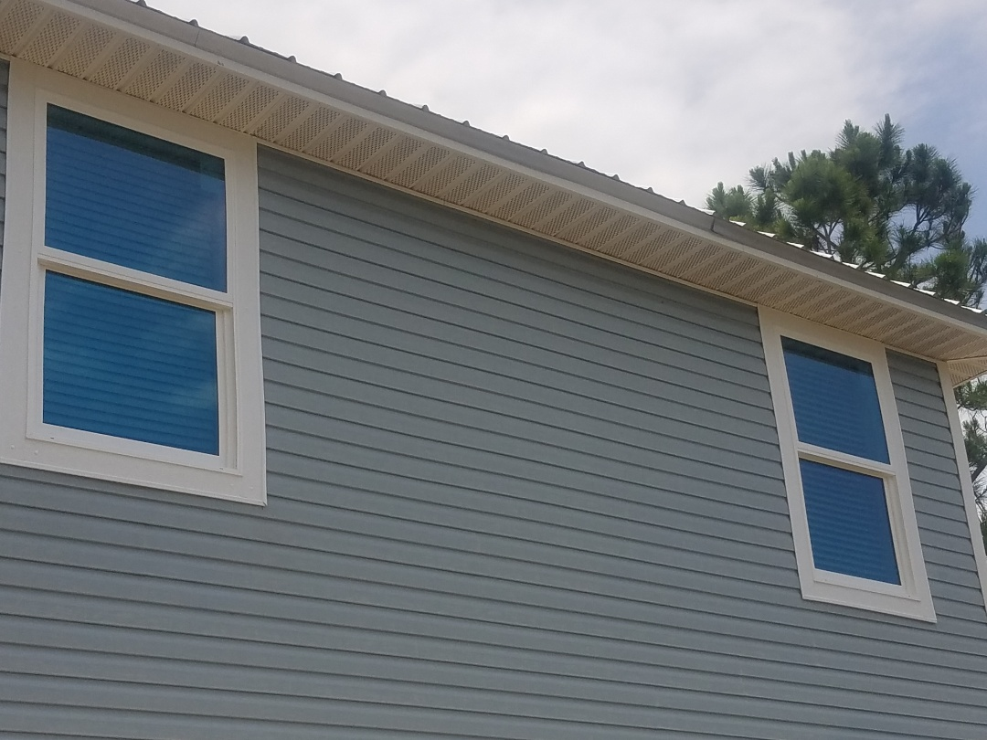 Pensacola, FL - demonstrating shwinco windows