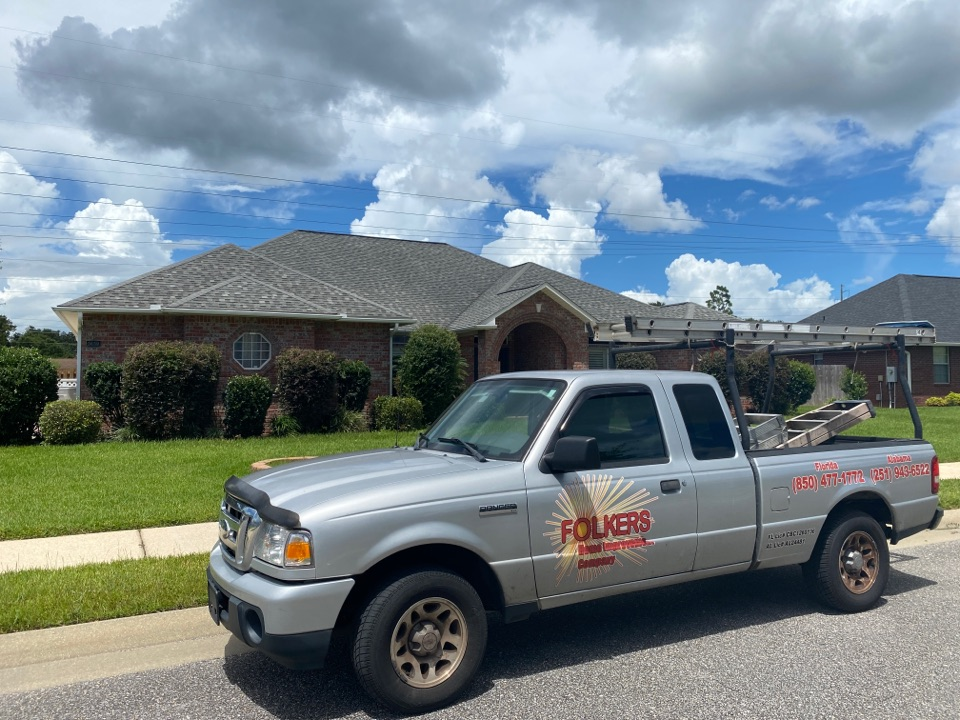 Pace, FL - Measuring for replacement CUSTOM WINDOW SYSTEMS fixed picture windows in Pace Florida