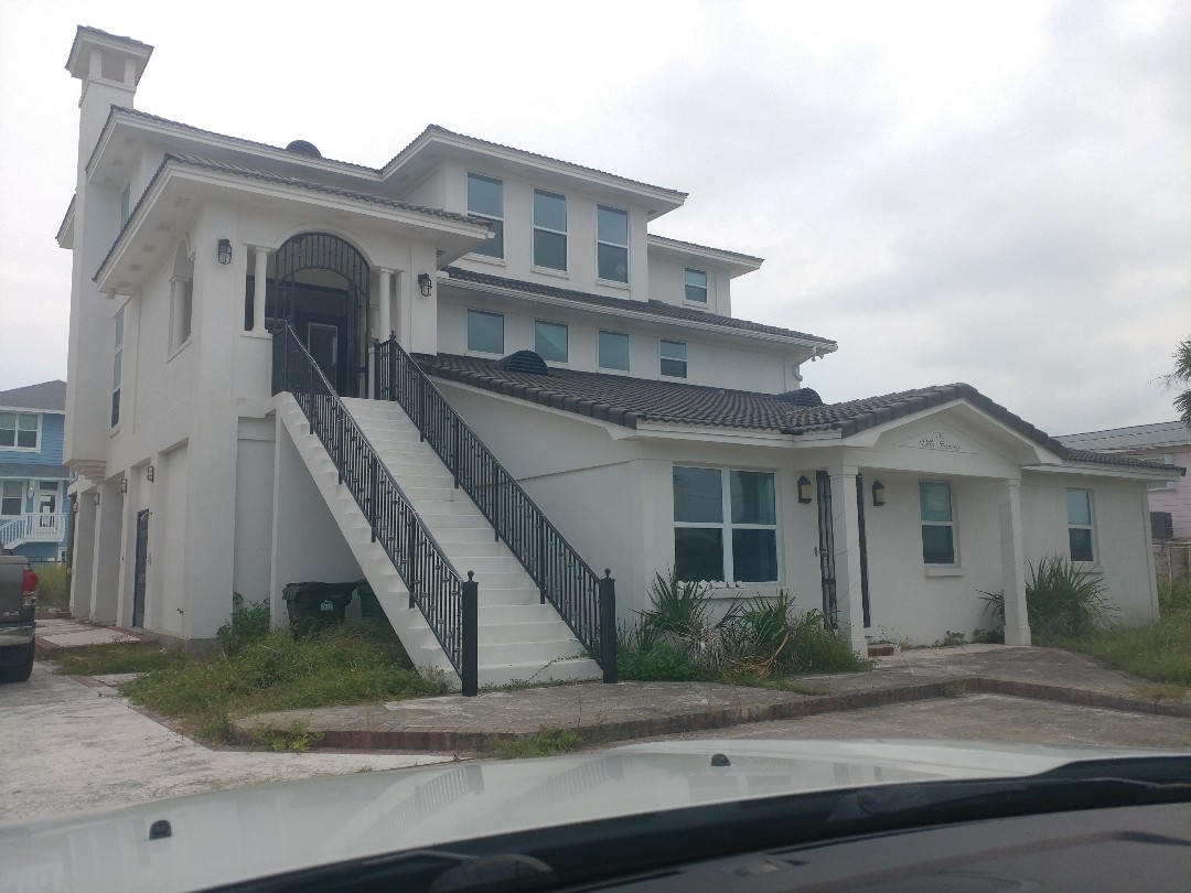 Pensacola Beach, FL - Will be ordering a new Therma Tru front door and thirty two Shwinco impact windows