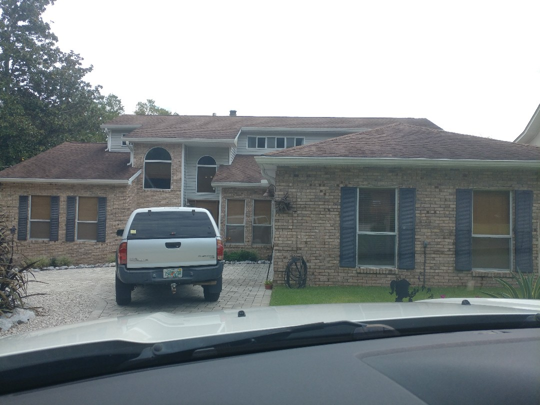 Niceville, FL - Getting signed up for all new windows and doors