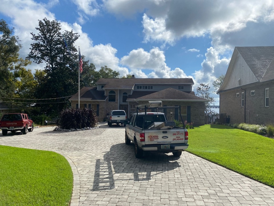 Measuring for impact replacement shwinco single hung windows and thermatru replacement entry doors in Niceville Florida