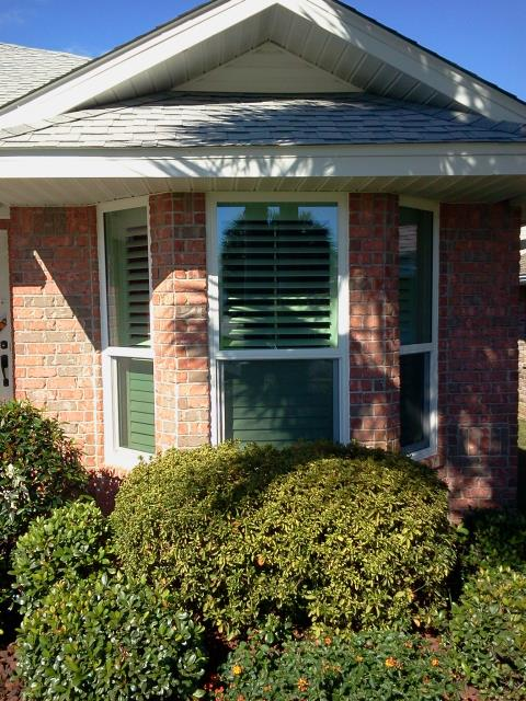Fairhope, AL - Twenty Impact ViWinco Windows Installed cleaned and caulked by Folkers window company