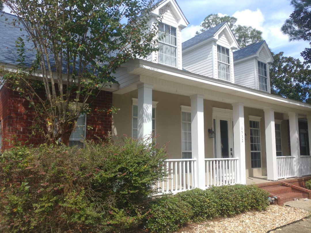 Gulf Breeze, FL - Replacing windows for the new owners