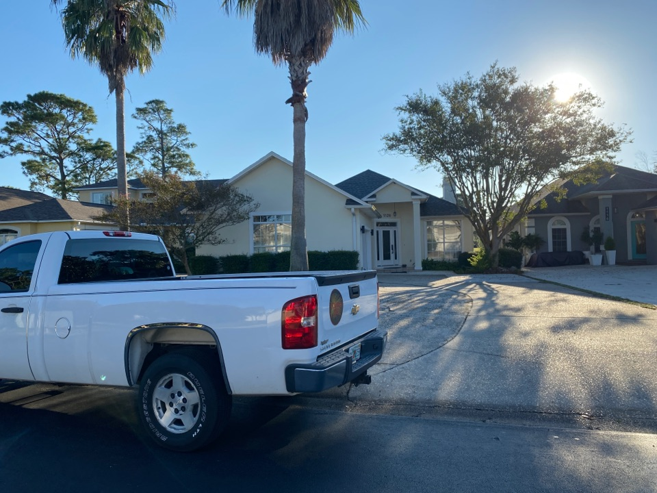 Gulf Breeze, FL - Measuring for impact replacement shwinco single hung windows and sliding glass doors in Tiger point gulf breeze Florida