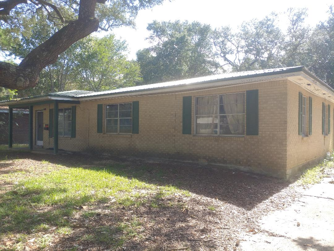 Fort Walton Beach, FL - Fixing up an old house, with new windows