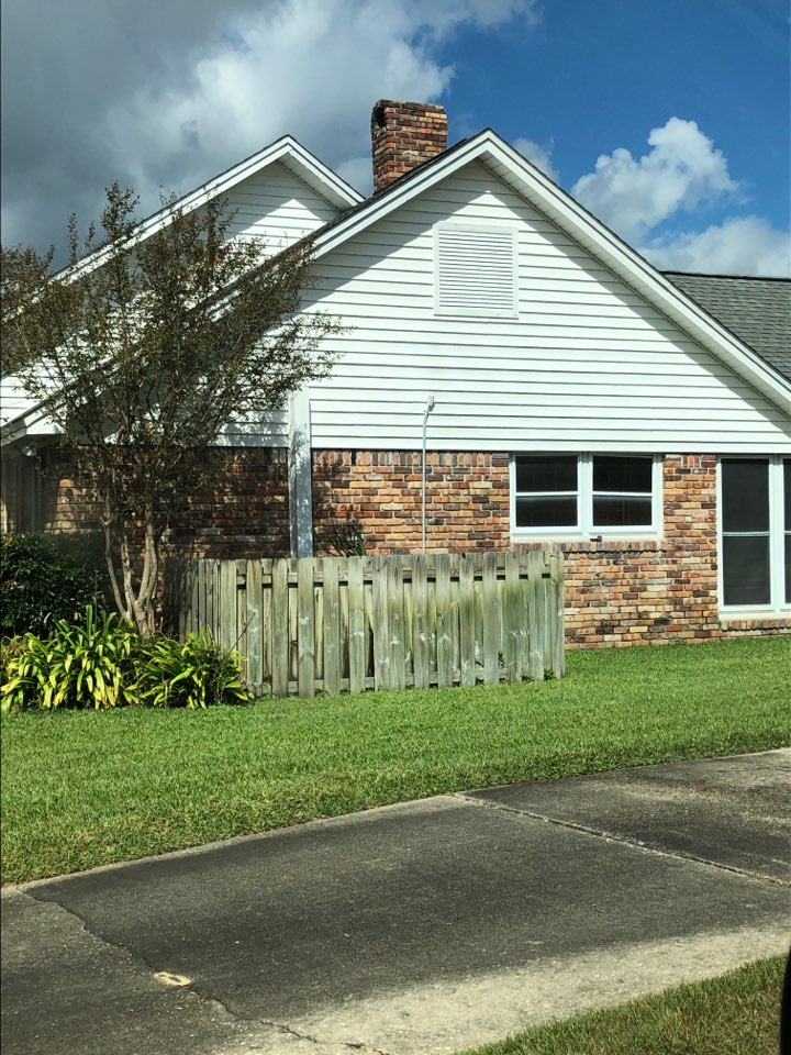 Pensacola, FL - Measuring for impact windows