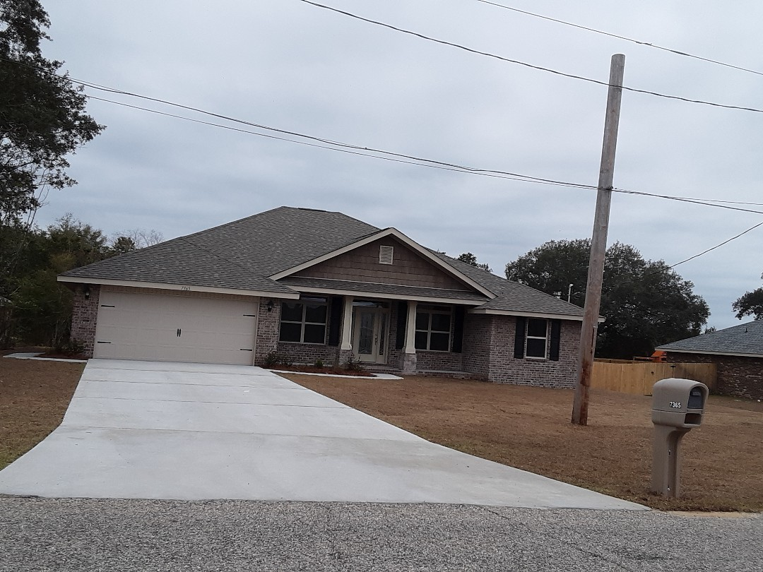 Hurricane protection for house in Navarre Florida
