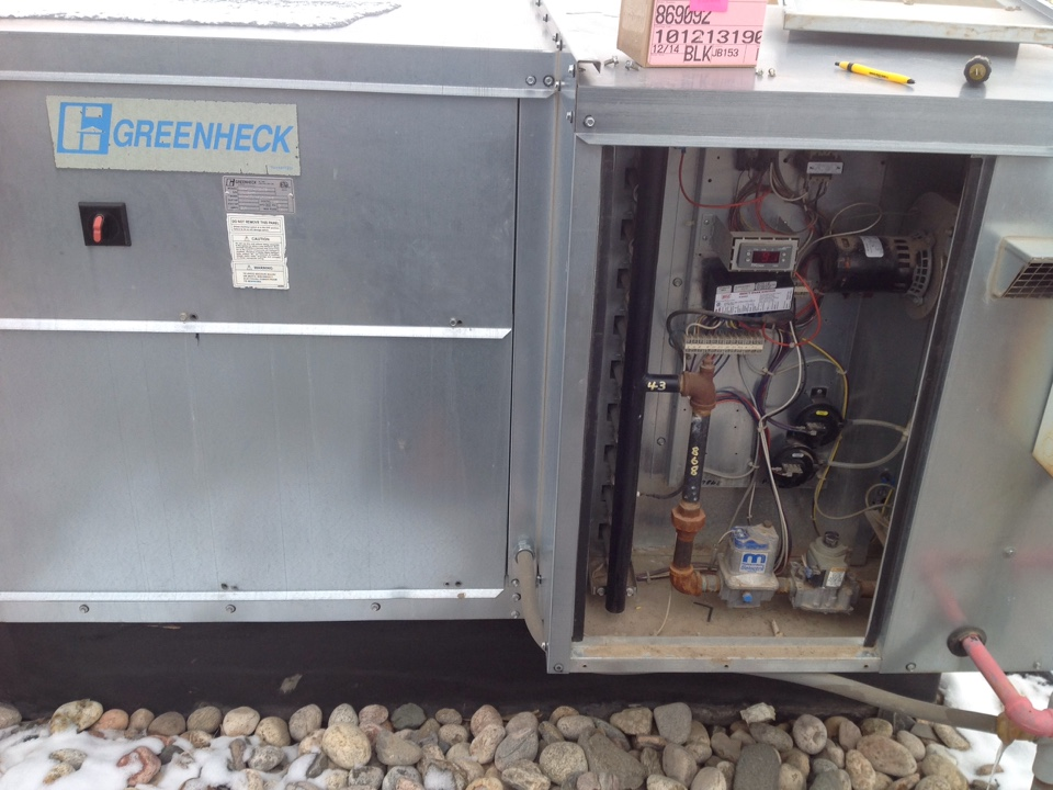 Eaton, CO - Replacing Ignition module at a waste treatment facility on a Greenheck makeup air unit.