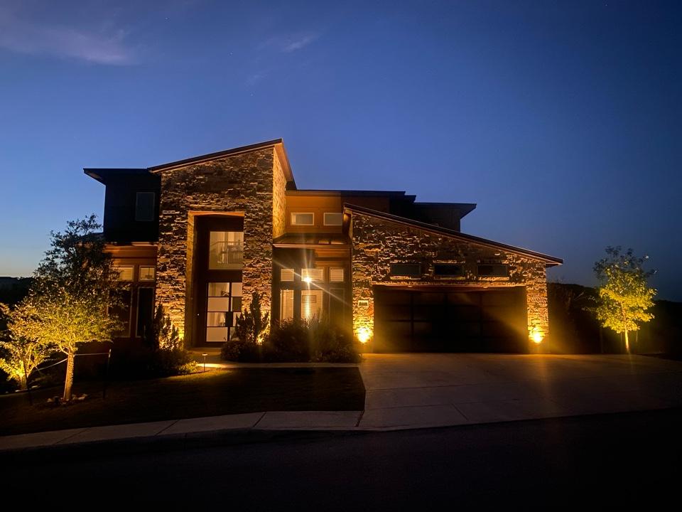San Antonio, TX - Elegantly lit Cresta Bella Home