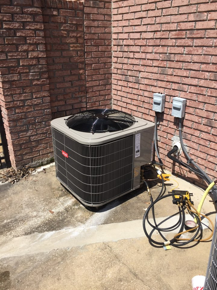Trussville, AL - Installing Bryant Ac system in Trussvile.