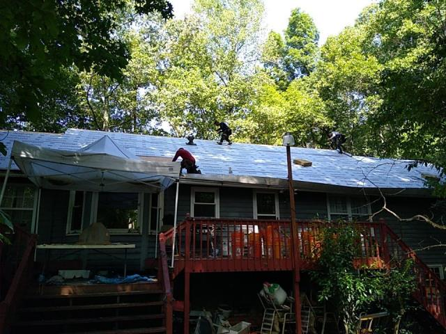 Powder Springs, GA - Roof replacement today with GAF Ultra HD. this will look fantastic and keep the homeowner from having algae on their roof for 25 years! A great upgrade if have a lot of trees around your house!