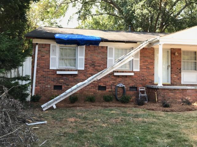 Smyrna, GA - Are your gutters hanging off? we can help, this 20 year old roof needs some attention. We recommend a full roof replacement, complete with same as cash financing! call Georgia Roof Advisors today 678 757 3477