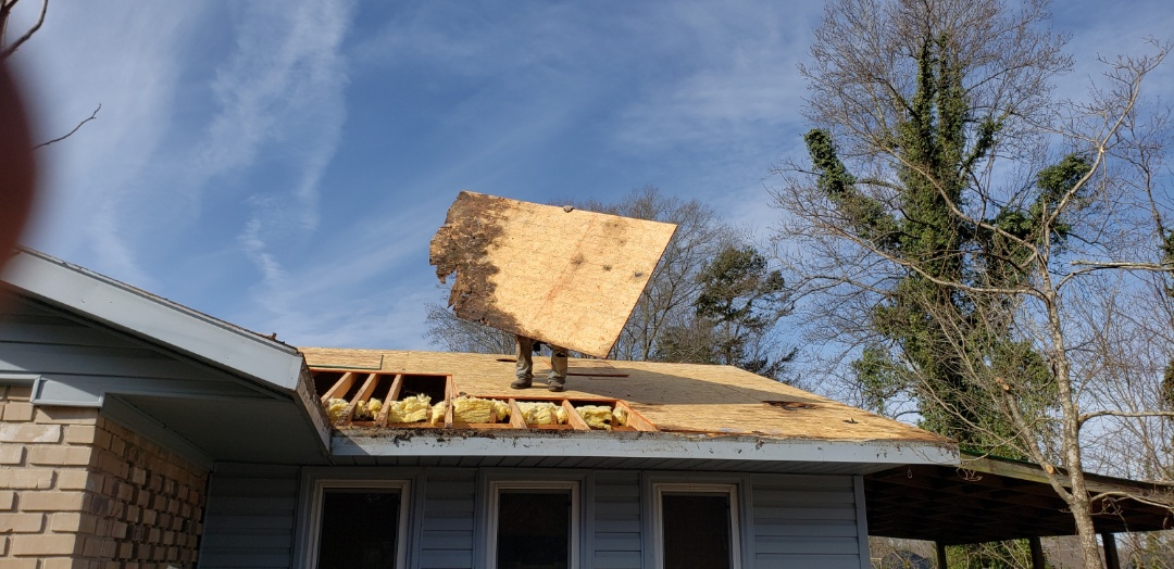 Smyrna, GA - Your insurance company wont pay for rotten wood, but we can tell you if there is a claim hopefully before it gets this bad!