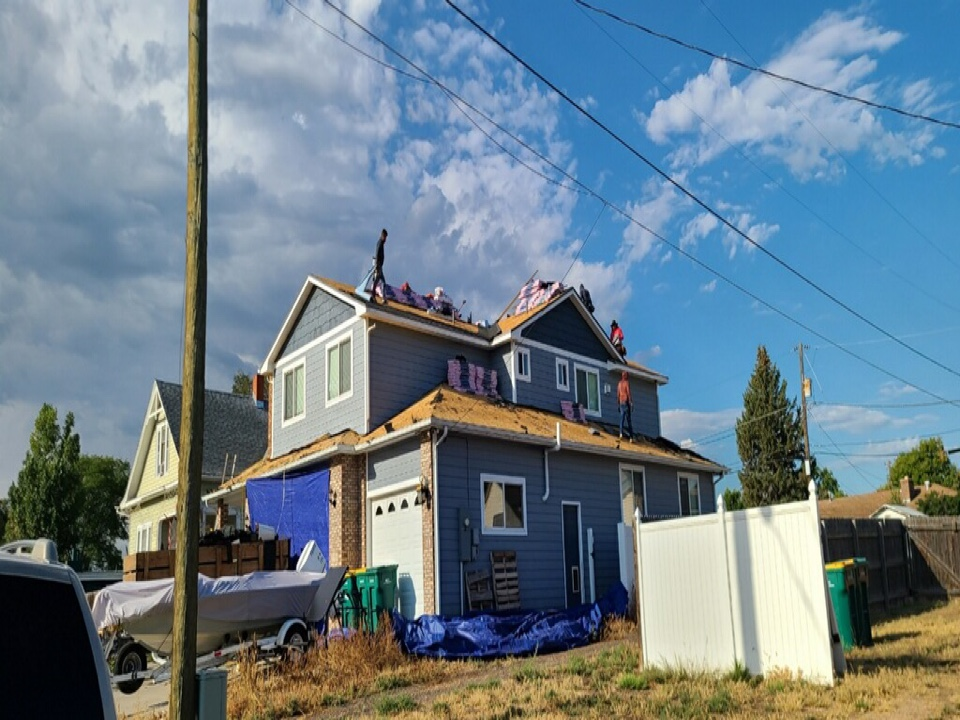 Milliken, CO - It's home renovation day here! This home gets brand new gutters and a SBS class 4 hail impact resistant roof! We're gonna give this home a fighting chance against the hail that's inevitably to strike.