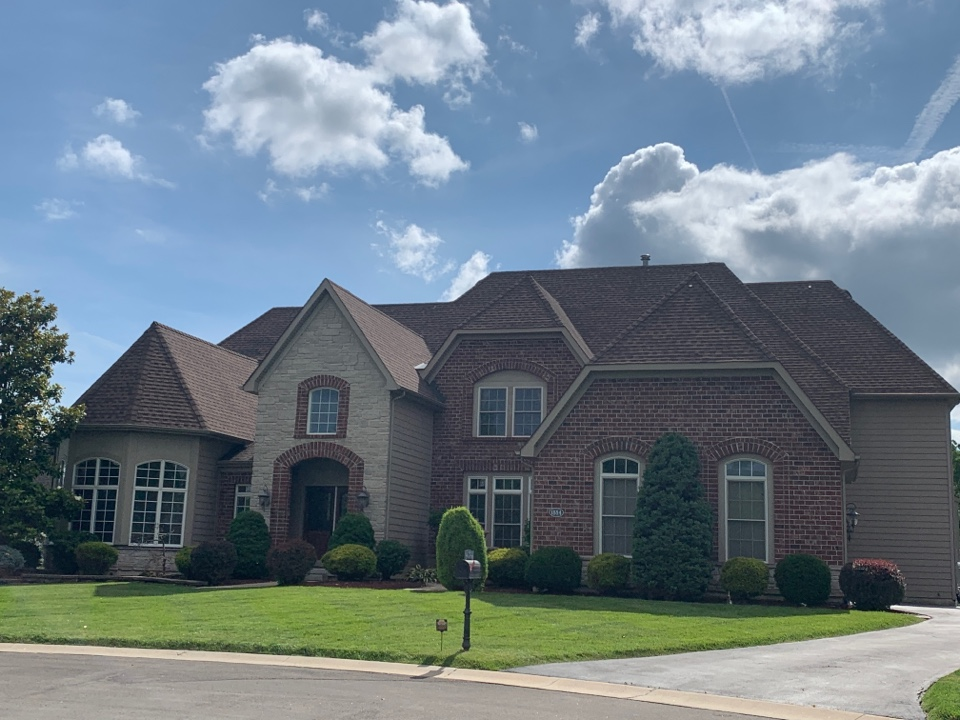 Saint Charles, MO - We just competed James Hardie fiber cement siding work at this house in St. Charles. The client was very happy with our work.