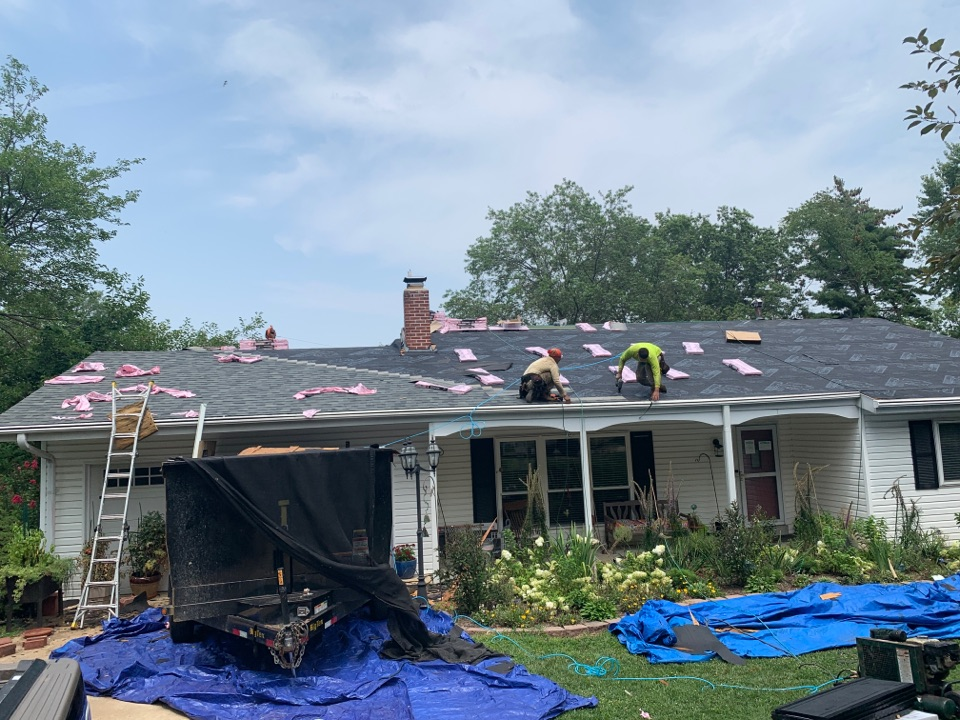 St. Louis, MO - We are installing a new asphalt shingle roof today in the Creve Coeur area as a hail damage claim covered by insurance. The client chose Owens Corning architectural shingles, color = estate gray. The clients were very happy with Renovation Team's help though the insurance process.