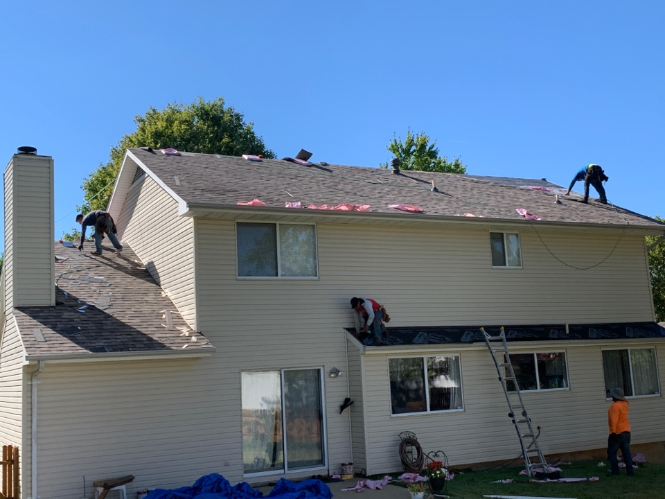 St. Peters, MO - We are installing a new roof today in St. Peters, MO. This is a hail claim paid for by insurance. The client chose Owens Corning Duration architectural shingles, color = sand dune. We helped the client each step with the insurance claim including. The client told me he is very happy with the roof crew and our project management.