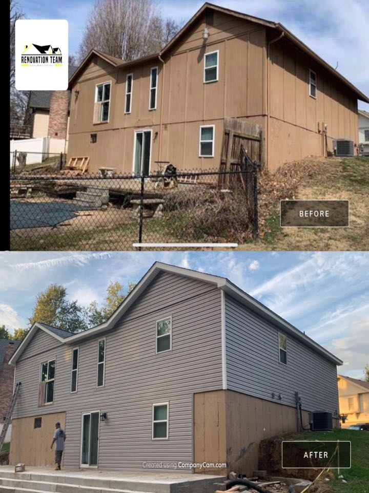 Saint Charles, MO - We are installing vinyl siding for this client in St. Charles. He chose Mastic carvedwood vinyl siding, color = harbor gray. We also installed mastic Ventura hidden vent vinyl soffit with white aluminum wrap on fascia wood. The client is thrilled with the vinyl siding crew and the exterior makeover.