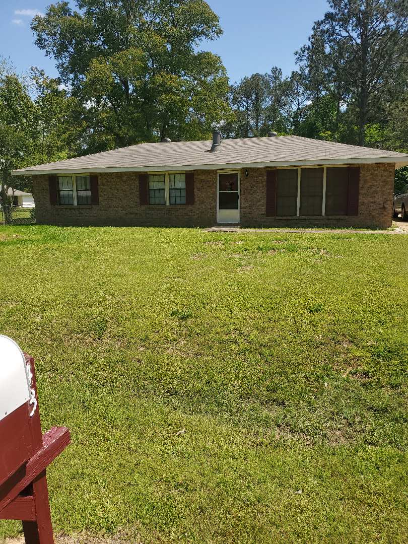 We are doing a retracement survey on a house and two vacant lots in Wetumpka