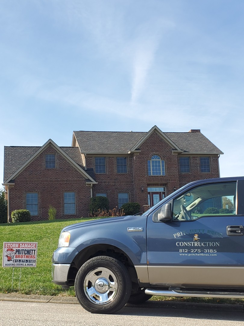 Bedford, IN - Another roof, another happy customer. Great choice with the Camelot 2 Royal Slate