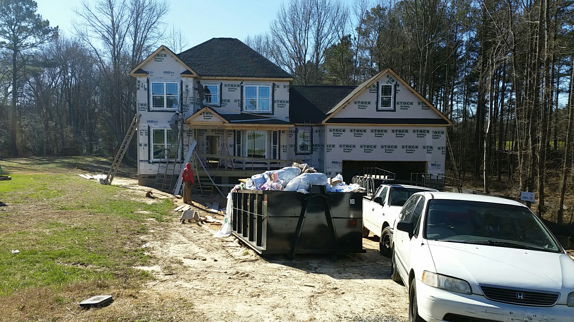 Fuquay Varina, NC - Custom home in Fuquay-Varina getting siding today