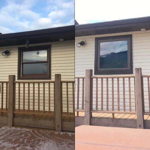 Columbia Falls, MT - We replaced this old kitchen wood window with our Fibrex awning window in Columbia Falls! It really improved the view by eliminating the middle bar!