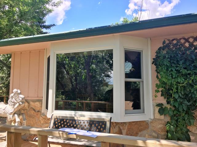 Glenrock, WY - This Glenrock home upgraded their beautiful bay to Renewal by Andersen Fibrex.