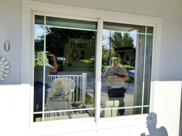 Rapid City, SD - In this Rapid City home, we replaced vinyl window with seal failure and draft with Renewal by Andersen Fibrex windows.