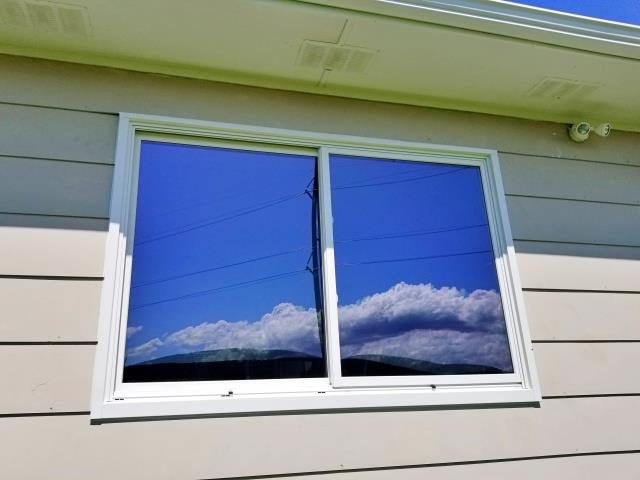 Sturgis, SD - This Sturgis home replaced their rotting wood windows with Renewal by Andersen Fibrex composite windows.