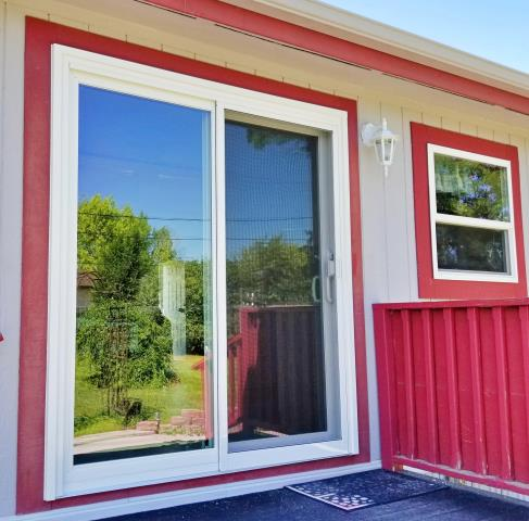 Lusk, WY - This Lusk home upgraded their patio door to a Renewal by Andersen Fibrex slider.