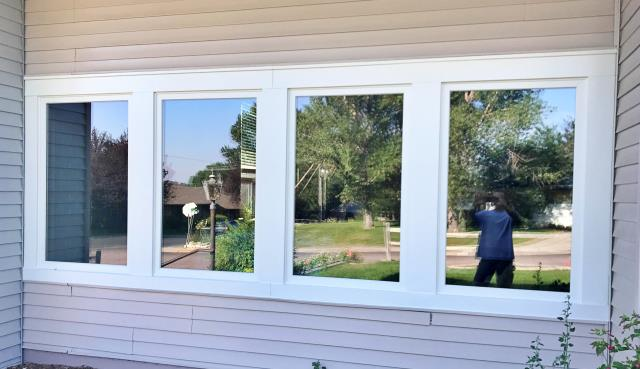 Torrington, WY - We love the sleek look of these Renewal by Andersen Fibrex windows in this Torrington home.