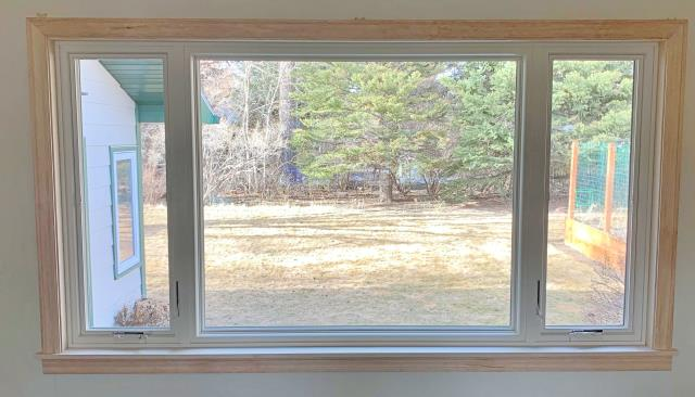 Livingston, MT - This Livingston home upgraded their windows to Renewal by Andersen Fibrex windows.