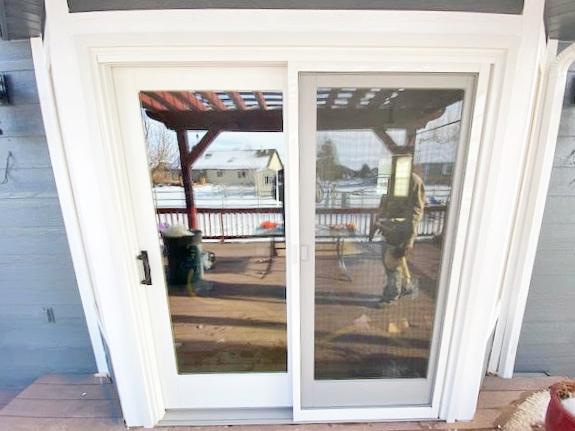 Bozeman, MT - This Bozeman home upgraded their door to Renewal by Andersen.